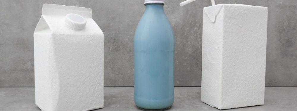 Die blaue Milch ist der heutige Star im Milk. Food Lab.