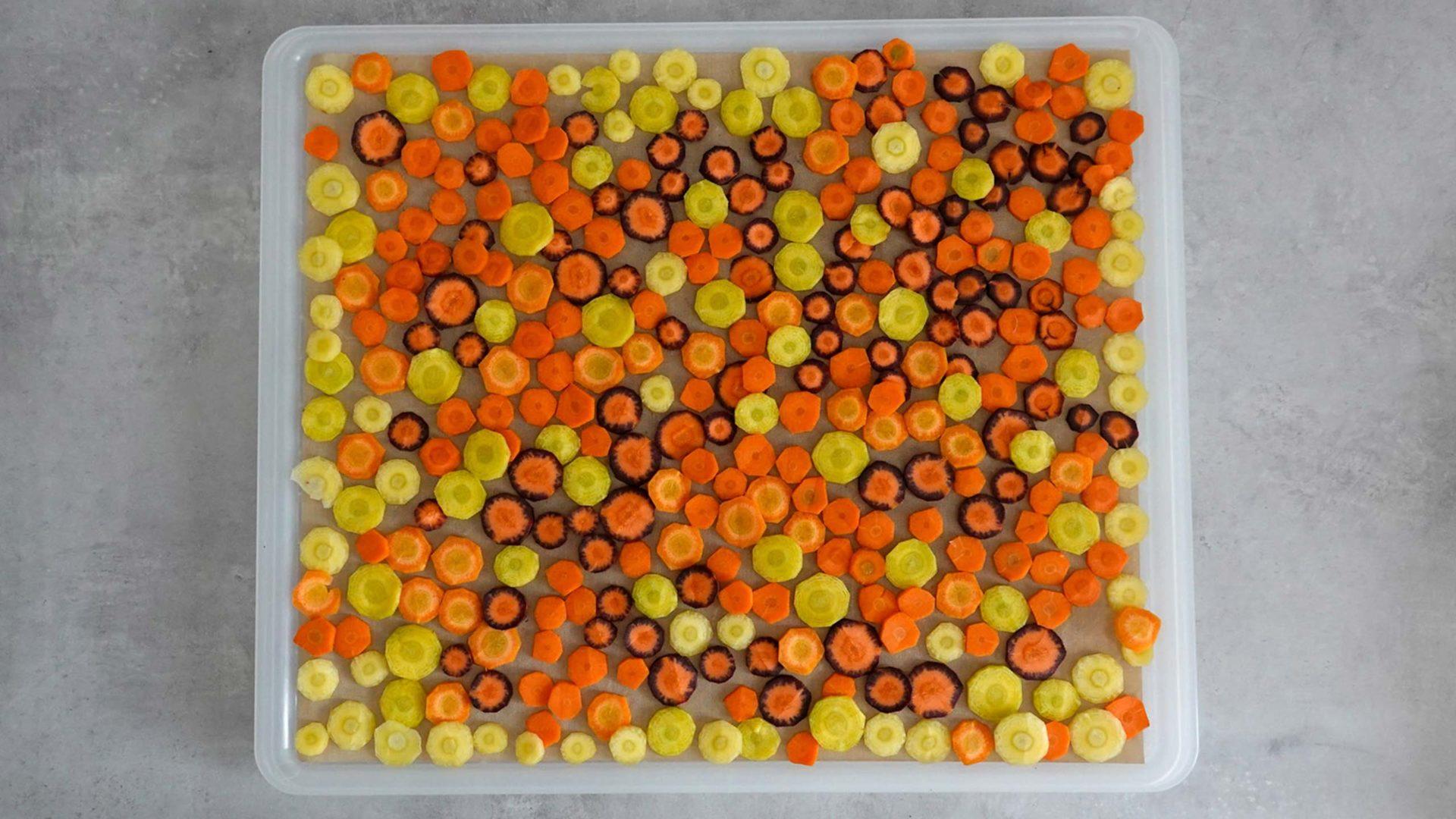 Verschiedene Karottensorten sind auch Teil unserer Flakes