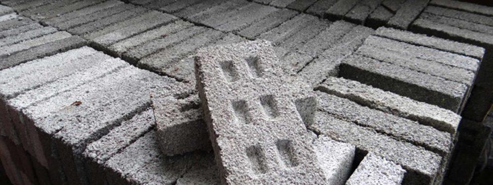 MILK MaterialLab Eco Bricks Fundación Ecoimclusion alta Garcia