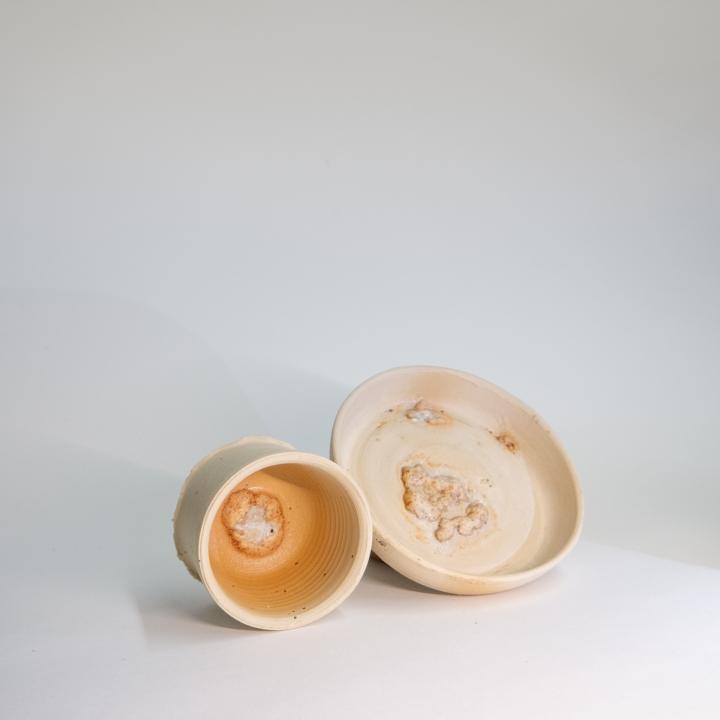 Verschmelzung von Keramik und Brot, neue Schalen